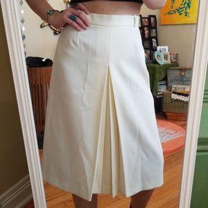 HP!! VTG Cream Slit Plead Highwaisted Skirt